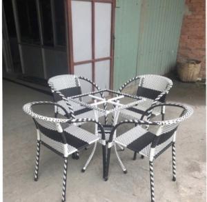 Bàn ghế cafe chuyên sản xuất tại xưởng khách có nhu cầu xin lh mình nha.41