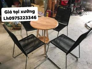 Ghế sắt dâyxếp được bán giá tại xưởng.