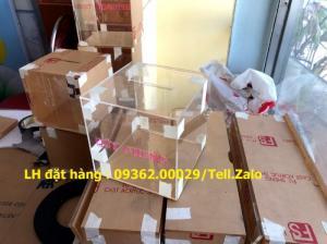 Hộp bỏ phiếu mica vuông có sẵn tại Hà Nội