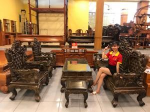 Bộ bàn ghế Hoàng Gia gỗ Mun 6 món