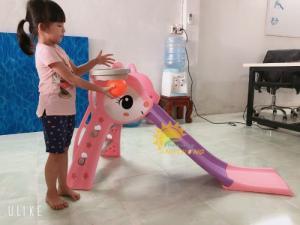 Cầu trượt xinh xắn, đáng yêu dành cho trẻ em mẫu giáo, mầm non
