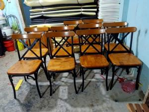 Xả kho lô bàn ghế gỗ chữ X chân sắt giá rẻ