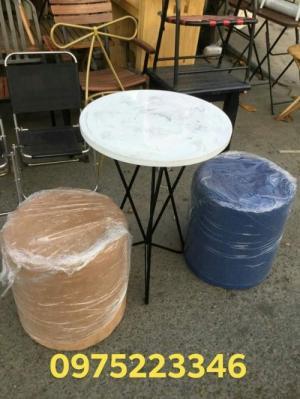 Các mẫu bàn ghế đẹp và độc hòa hợp với mọi không gian là đây từ gỗ,nhựa,sắt..