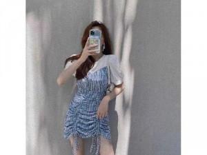 Đầm váy nữ caro xanh phối trắg nhún sườn