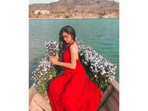 Đầm váy nữ maxi cổ yếm hở lưng trắng, đỏ