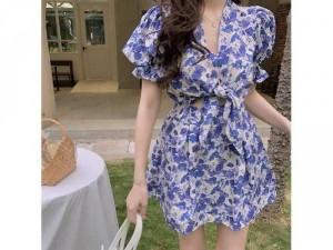 Đầm váy nữ hoa xanh cột nơ ngực tay phồg