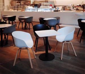 Bàn ghế nhựa đúc  nhiều màu nhiều mẫu giá tại xưởng