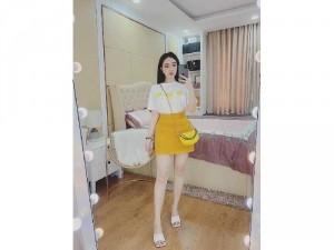 Set nữ hoa áo thun trắng mix chân váy và