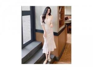 Đầm váy nữ trắng đuôi cá cổ V tôn dáng