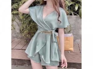 Set nữ áo lụa xanh bèo nơ mix quần short