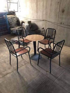 Xưởng bàn ghế cafe Đẹp QUANG ĐẠI chuyên cung cấp các loại bàn ghế cafe,bar,vv