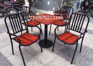 Bàn ghế chân sắt sơn tỉnh điện mê ghế gỗ sơn PU