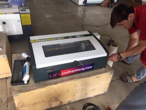 Máy laser 3020 chuyên khắc dấu cực kì sắc nét