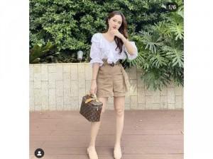 Set nữ áo trắng bèo quần short tây belt