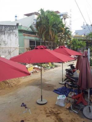 Chuyên sản xuất bàn ghế café, ghế nhà hàng, dù che.