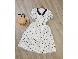 2020-07-04 20:13:14  5  Đầm váy nữ trắng xòe hoa nhí tay phồng 250,000