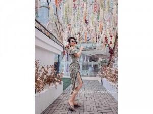Đầm váy nữ bẹt vai midi hoa rút thân xẻ