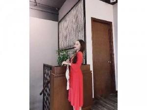 2020-07-04 22:23:04  2  Đầm váy nữ đỏ đũi thêu hoa dág xòe bo eo 240,000