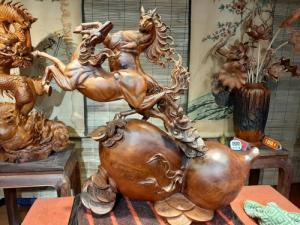 Tượng gỗ Song Mã _ Mỹ nghệ Âu Lạc