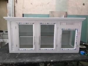 Tủ nhôm kính bếp treo tường