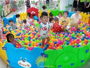 Đồ chơi nhà banh trong nhà cho trẻ em mầm non giá rẻ, chất lượng cao
