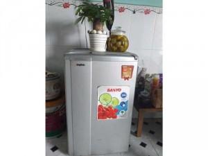Tủ lạnh Sanyo 90lit, còn 95%