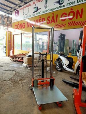Xe nâng tay cao mini Niuli - Trung Quốc