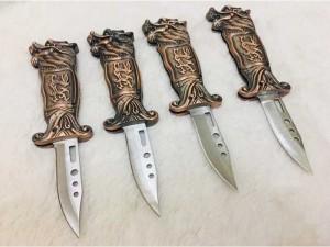 Bật lửa kiêm dao bấm tự vệ khắc nổi hình đầu rồng 19cm