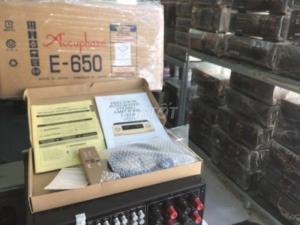 Chuyên bán Ampli accuphase E650 hàng đẹp Long lanh ,khong chỉnh sửa .