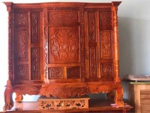 Tủ thờ gỗ căm xe