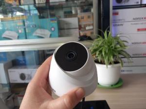 Camera KX-2112c4 hồng ngoại 20 mét