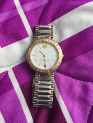 Đồng hồ nữ hiệu Guy Laroche thương hiệu thời trang nổi tiếng Pháp