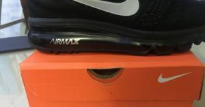 Giày Nike Air Max màu đen