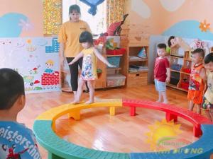 Cung cấp đồ chơi vận động trong nhà và ngoài trời cho bé mầm non
