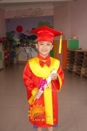 Chuyên cung cấp lễ phục tốt nghiệp cho trường lớp mẫu giáo, mầm non