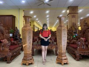 Cặp lục bình phú quý gỗ gõ đỏ phong thủy tốt cho gia chủ