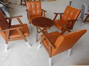 Sofa gỗ bọc nệm màu Da Bò cực đẹp và sang