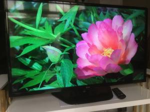 Bán Tivi LED LG 42 inch mỏng và đẹp