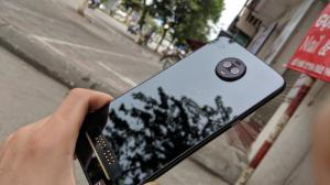 Điện thoại Motorola Z3 - Snapdragon 835 - Android gốc , cấu hình khủng