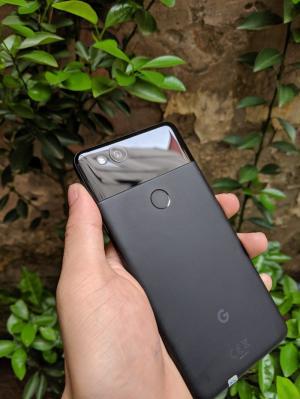 Điện thoại Google Pixel 2