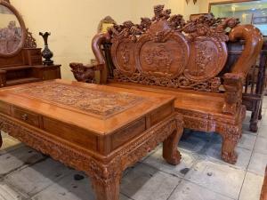 Bộ bàn ghế cột 14 gỗ hương đá chạm nghê đỉnh VIP