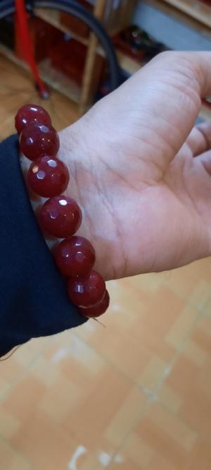 Vòng đeo tay chuổi hạt đá quý ruby huyết đỏ cực đẹp