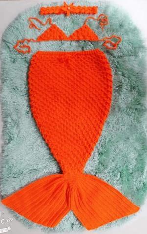 Đầm len handmade nàng tiên cá cho bé yêu