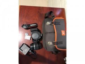 Cần bán máy Canon EOS 600D ít dùng còn mới