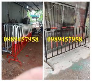 Cung cấp hàng rào di động có bánh xe, hàng rào barie có chốt khóa