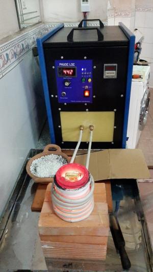 Máy nấu kim loại trung tần cao tần 20kva Phước Lộc