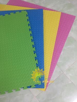 Thảm xốp nhiều màu sắc cho trường mầm non, sân chơi, khu vui chơi