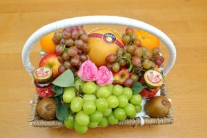 Giỏ trái cây nhập khẩu Sương's House yêu thương đặc biệt SHYT002
