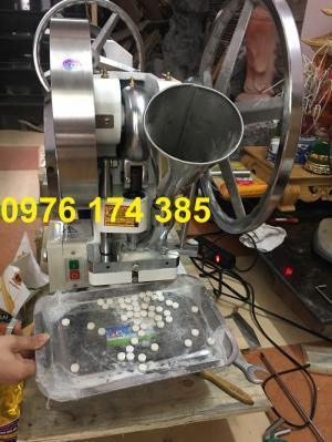 Máy dập viên phân bón lá, máy dập viên thuốc 1 chày VN-5T hàng mới 100%
