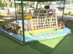 2020-09-25 14:15:07  14  Thang leo vận động thể chất cho trẻ 4,500,000